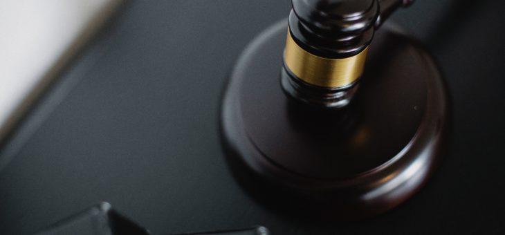 Лишение прав за долги: как работает закон?